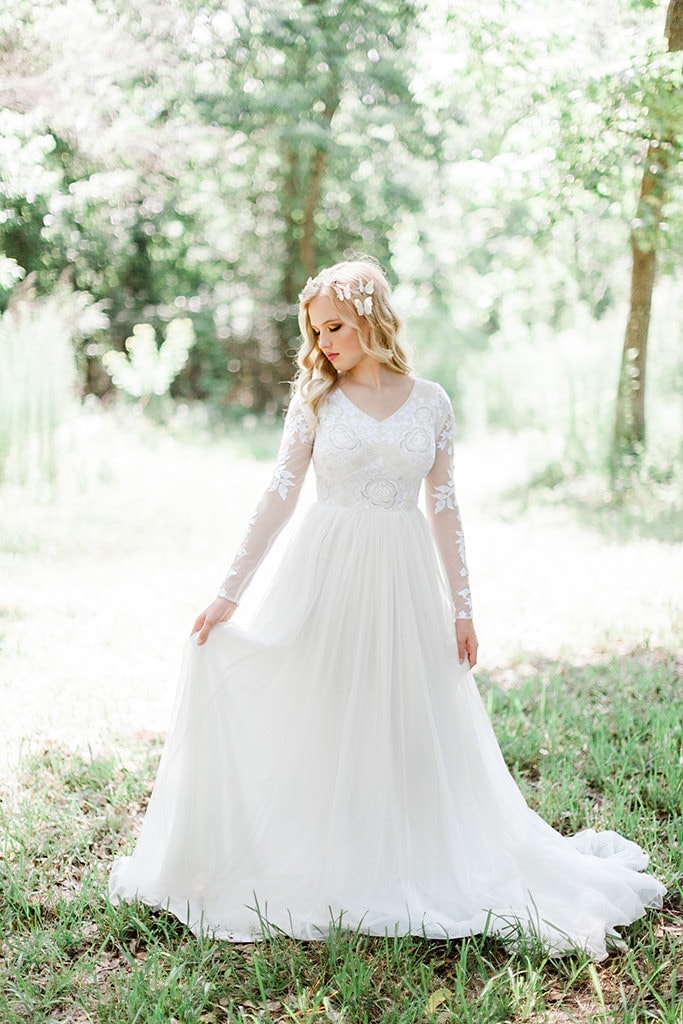 Houston Light and Airy Bridal Homepage 1